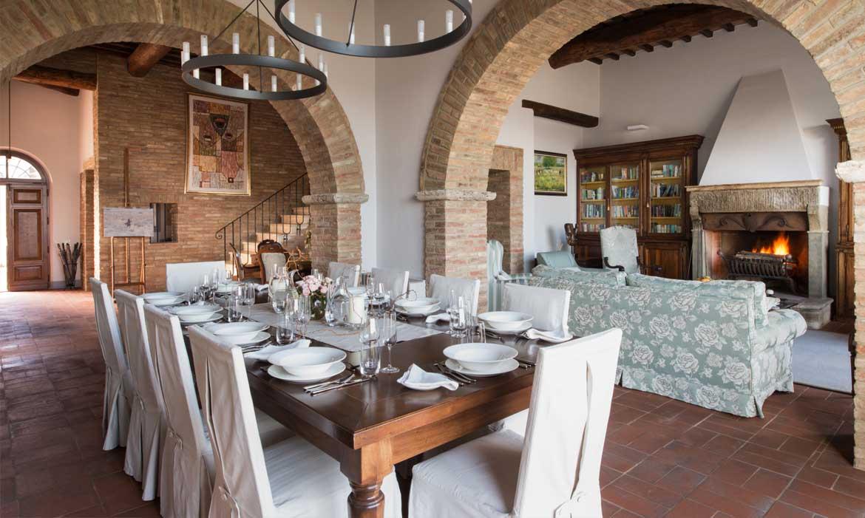 Il Pozzo is a luxury villa in Tuscany