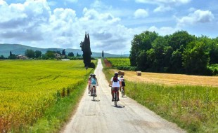 Cycling tours are available near Il Pozzo, a luxury villa in Tuscany